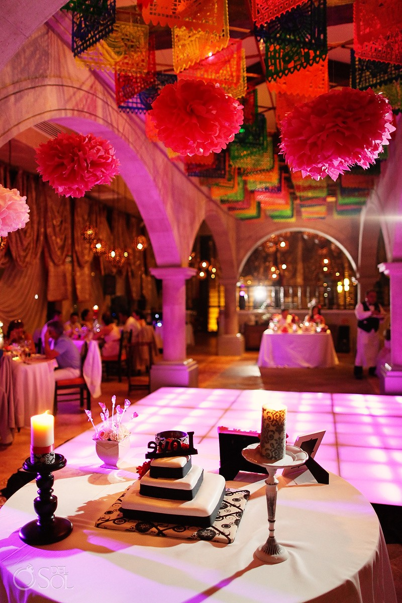 Mexican Themed wedding reception at Dreams Riviera Cancun, in the Riviera Maya by del Sol Photography.