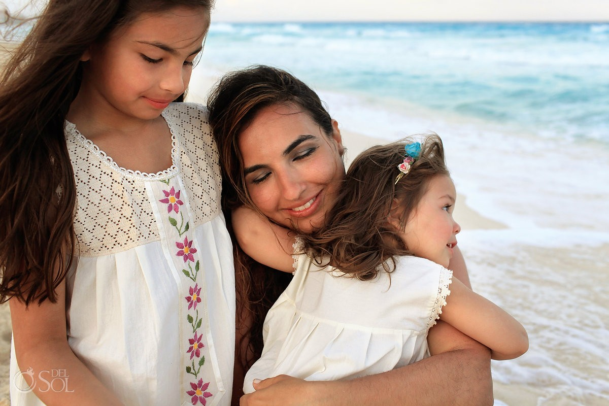 Cancun portraits family beach Gran Caribe Real Mexico Del Sol Photography