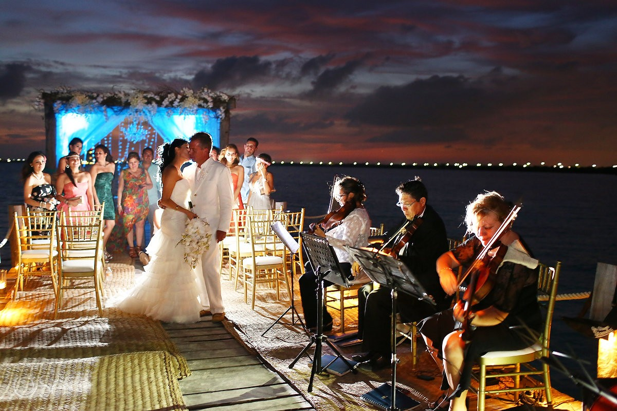 Cancun Destination Wedding Ceremony at Nizuc Resort