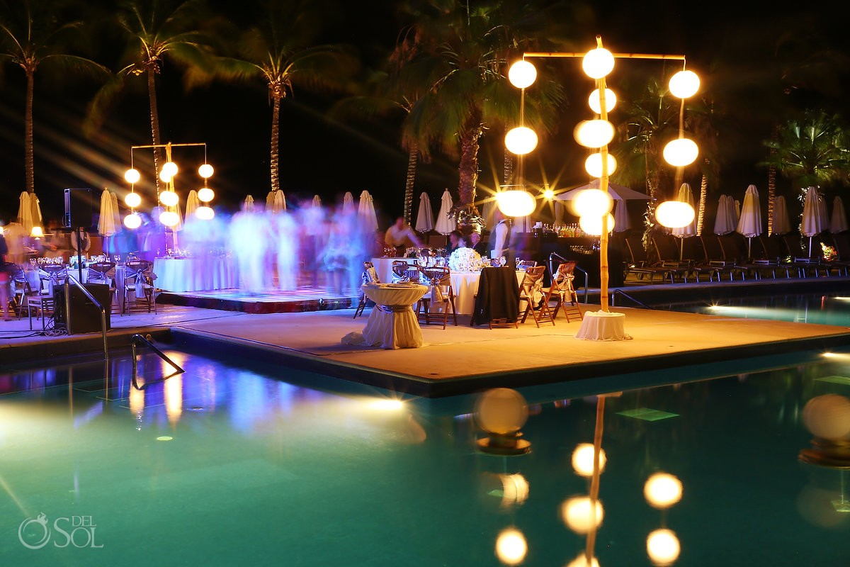 dreams riviera cancun wedding reception poolside