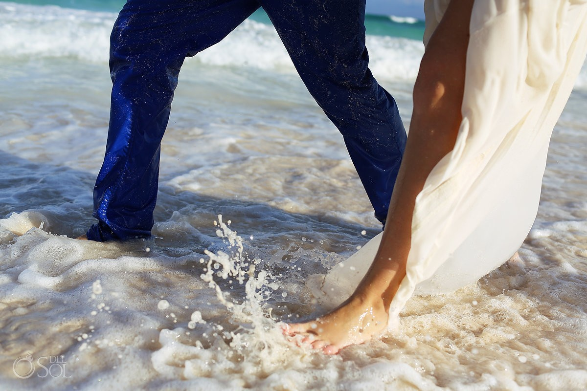 Riviera Maya trash the dress beach Mexico Del Sol Photography