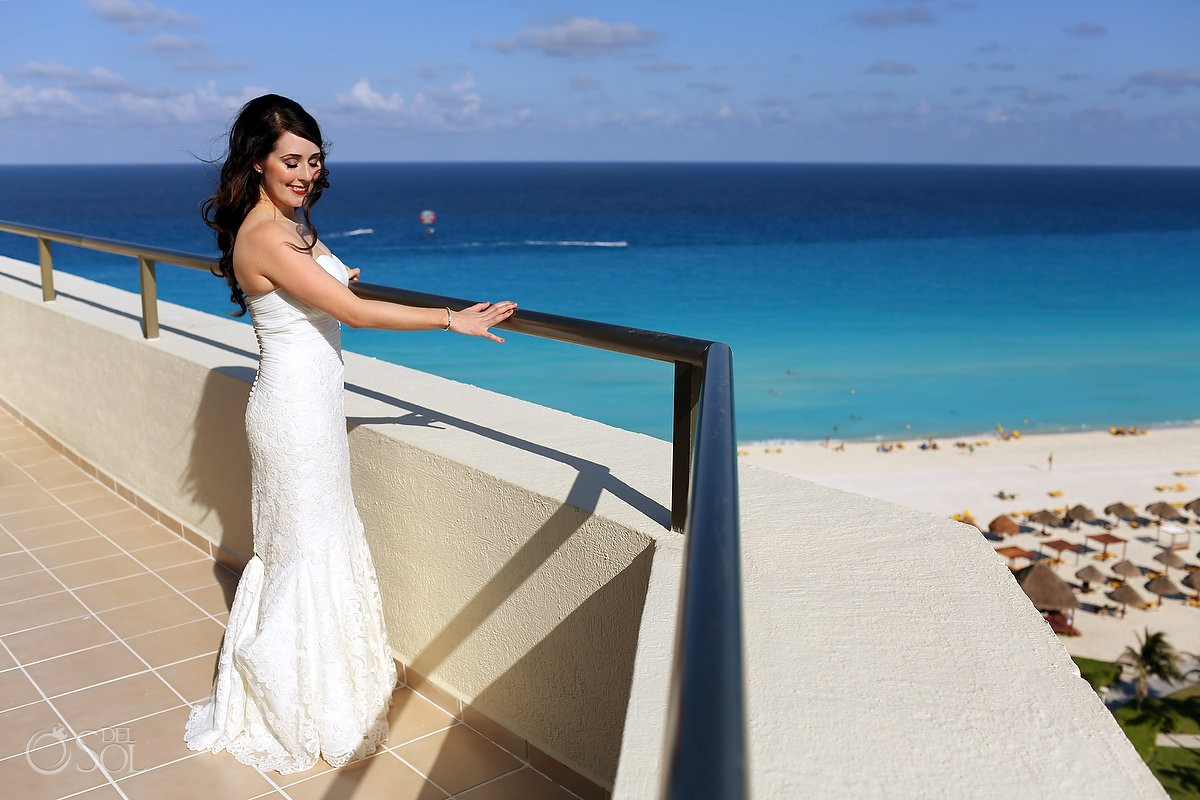 Destination wedding Iberostar Cancun Mexico Del Sol Photography.