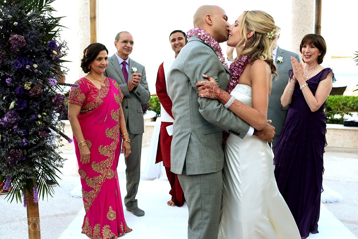 Multicultural destination wedding Sandos Cancun Jewish Hindu Mexico Del Sol Photography