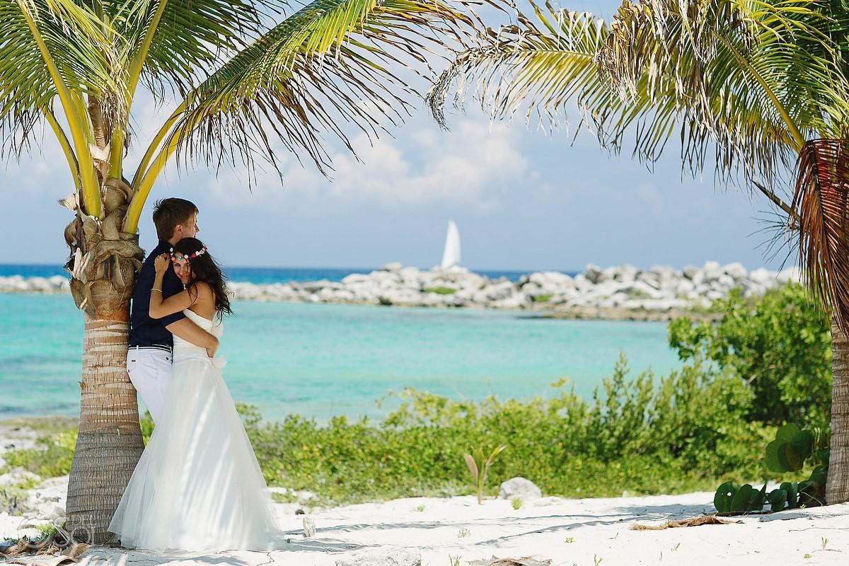 Riviera maya catamaran wedding katya and sasha del sol for Riviera maya wedding photographer