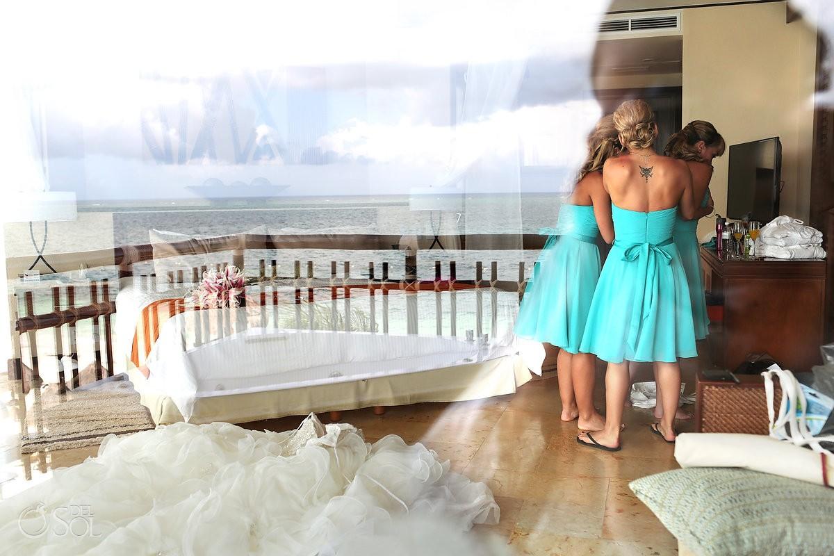 Destination wedding at Dreams Riviera Cancun