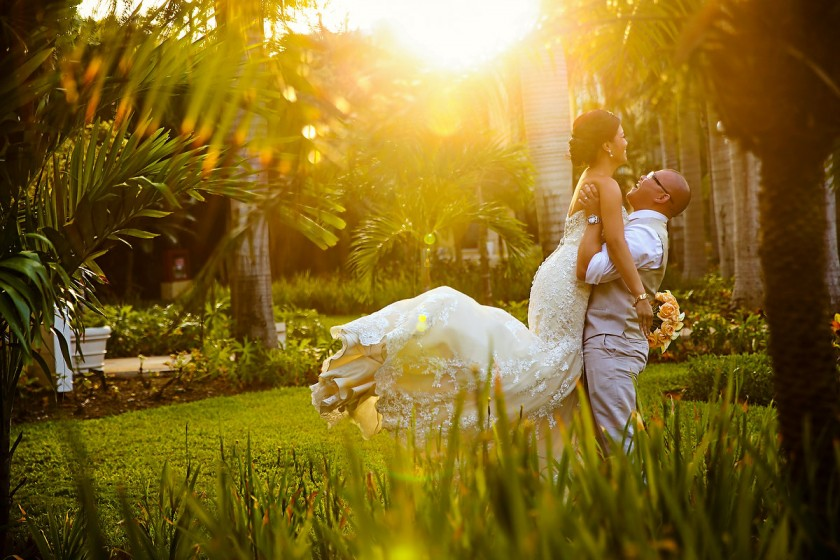 Playa Del Carmen Destination Wedding At The Royal Hideaway Mee And Gene