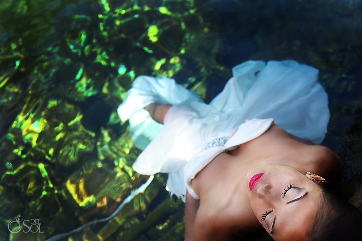Underwater trash the dress cenote Riviera Maya Mexico Del Sol Photography