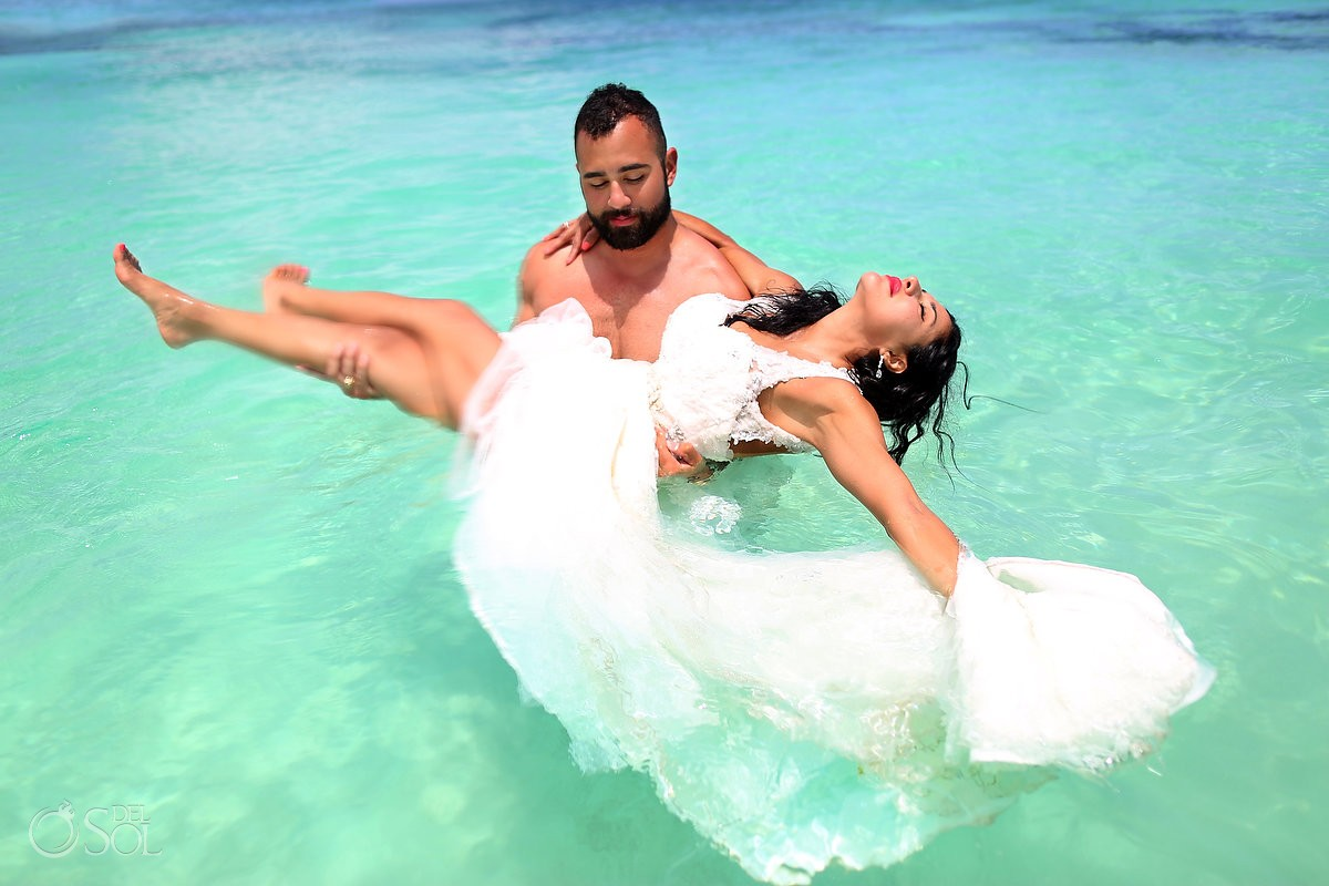 Ocean trash the dress beach Riviera Maya Mexico Del Sol Photography