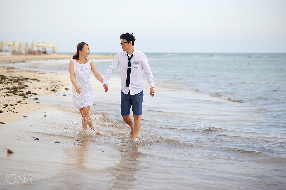engagement beach portraits at grand velas riviera maya