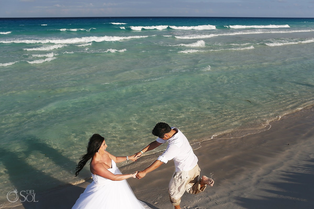 Beach trash the dress Live Aqua Cancun Mexico, Del Sol Photography