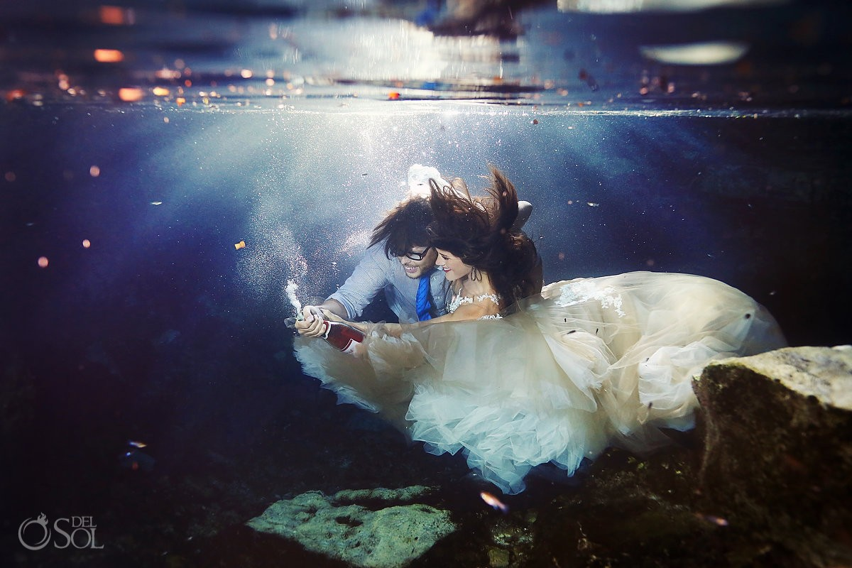 The perfect wedding dress for underwater photography