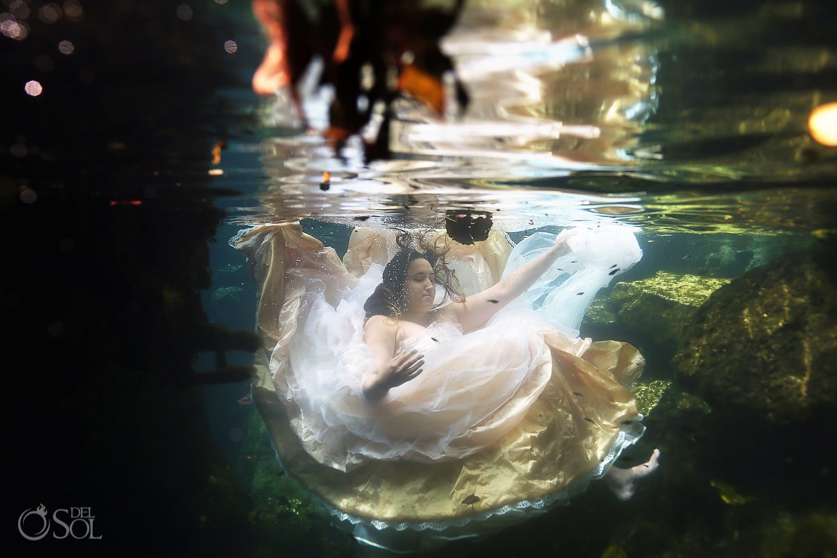 Underwater bride trash the dress cenote Riviera Maya, Mexico Del Sol Photography