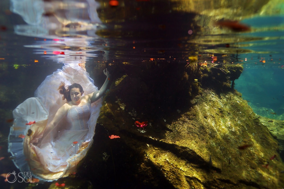 Underwater trash the dress in a cenote in the Riviera Maya, Mexico Del Sol Photography