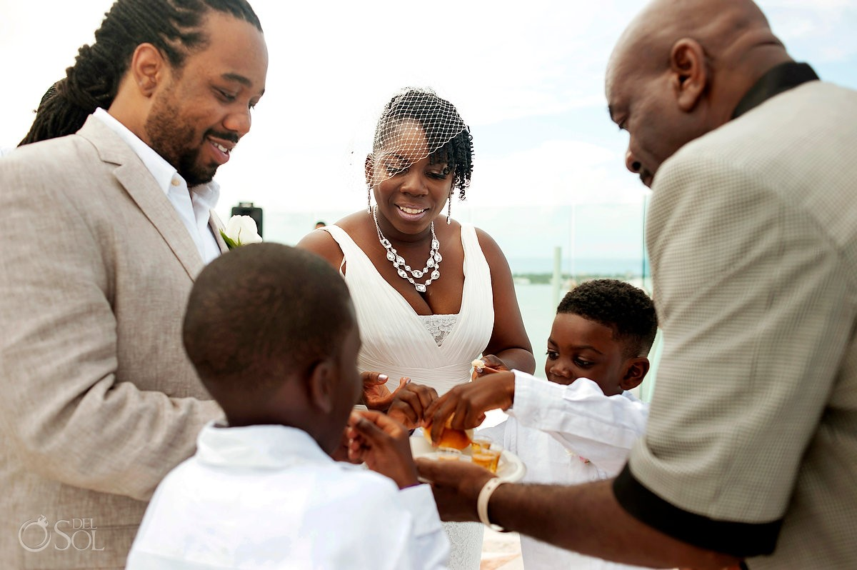 include your children in your wedding ceremony in Beach Palace Cancun