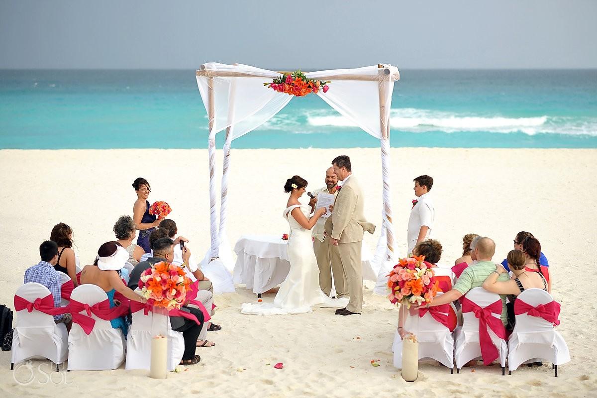 Beach Wedding At Iberostar Cancun Suzi And Rick