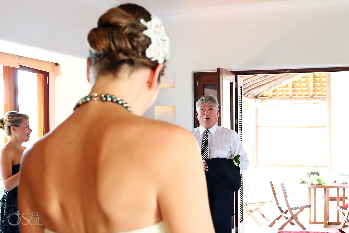 Father daughter moments gasps as he sees the bride for the first time at Hotel Esencia