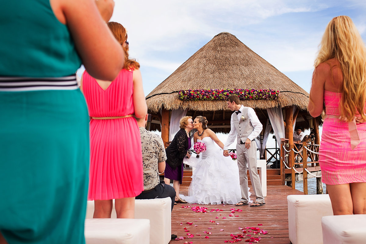 Secrets Silversands riviera cancun wedding kiss