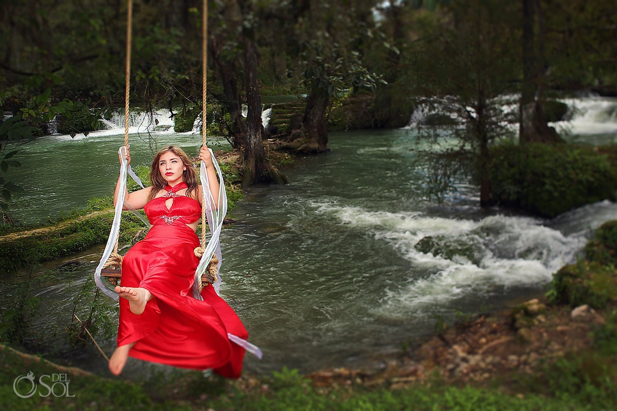 bride on a swing in a red dress trash the dress workshop San Luis de Potosi wedding
