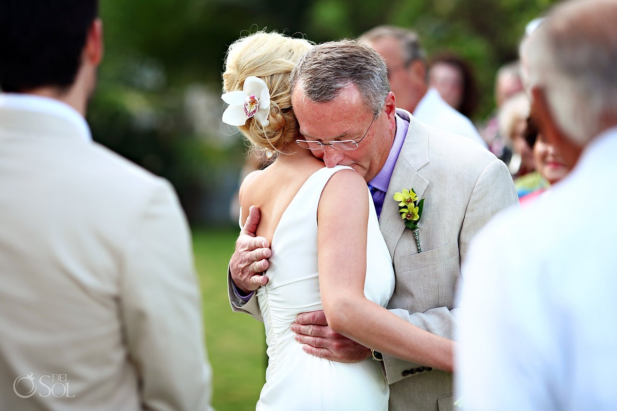 Father gives bride away for destination wedding in mexico