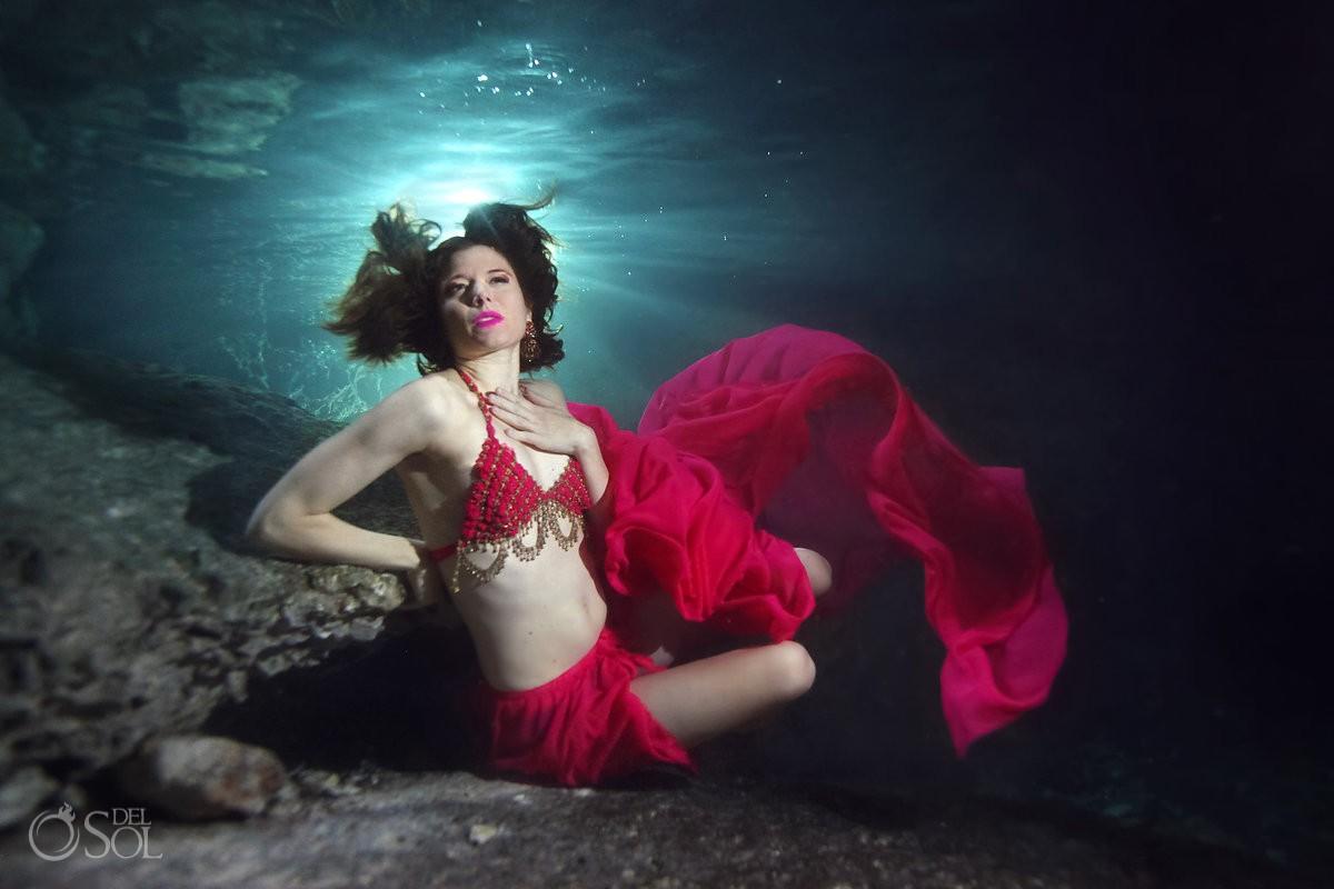 Lingerie cenote underwater boudoir fashion shoot Britta Ushkamp