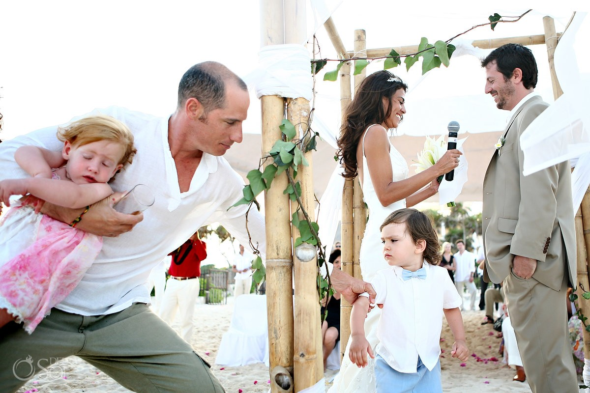 Children photobombing wedding ceremony Riviera Maya