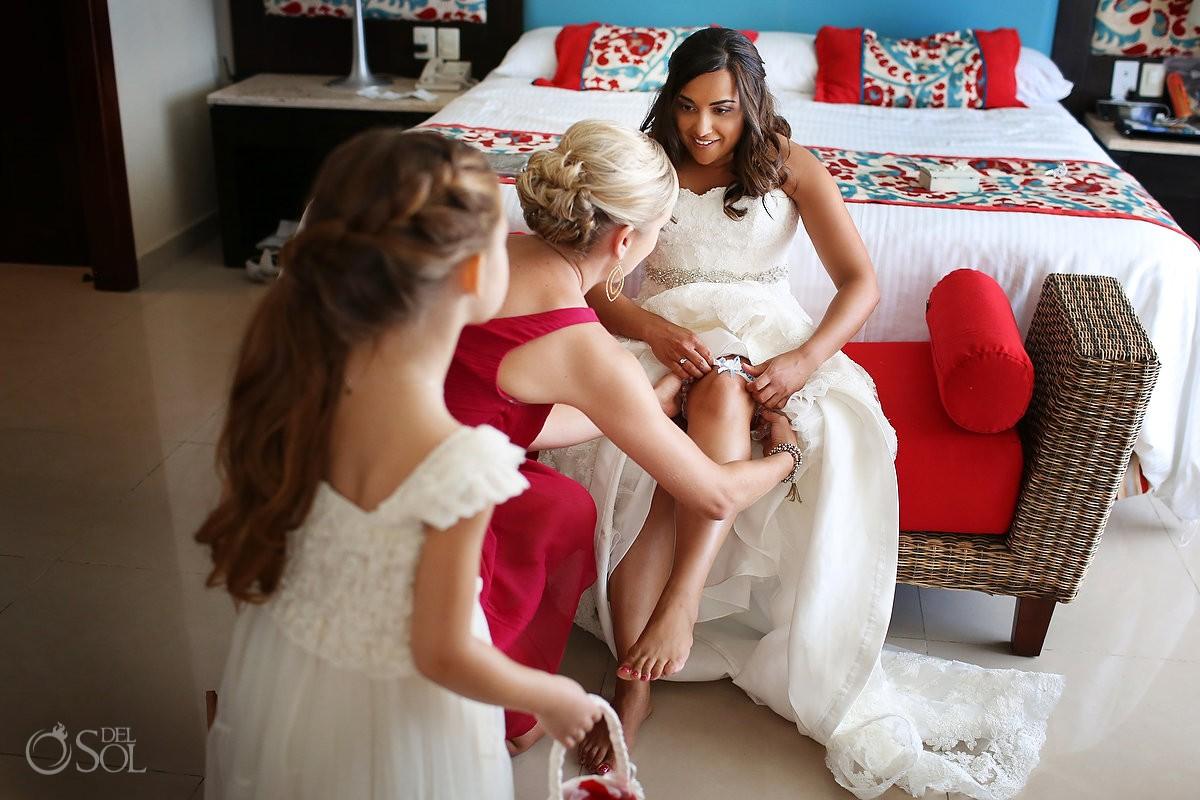 Destination wedding Now Jade bride getting ready