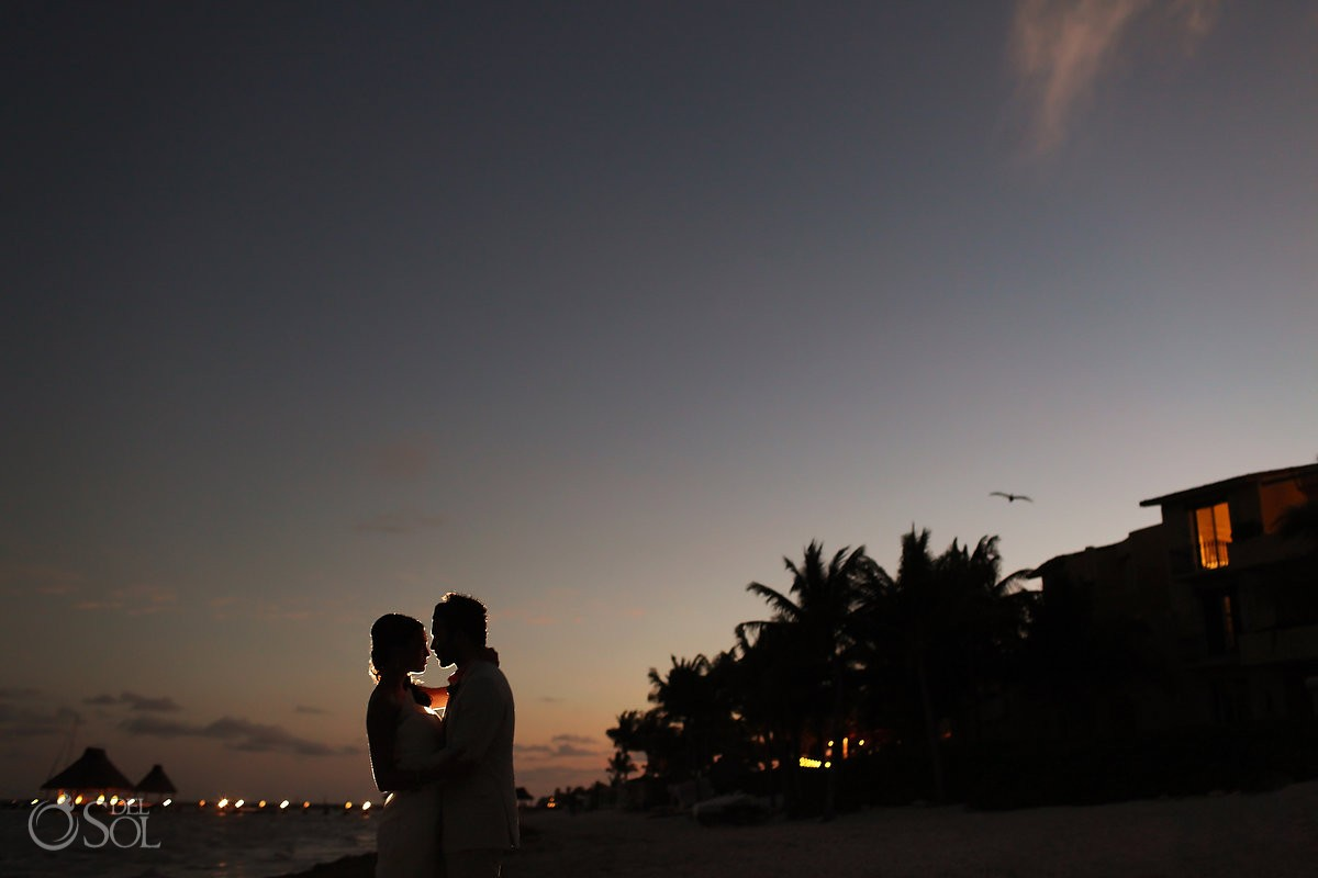 Newlyweds Riviera Maya Zoetry dusk kiss