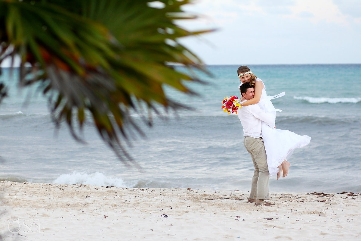 Destination wedding beach Grand Sunset Princess