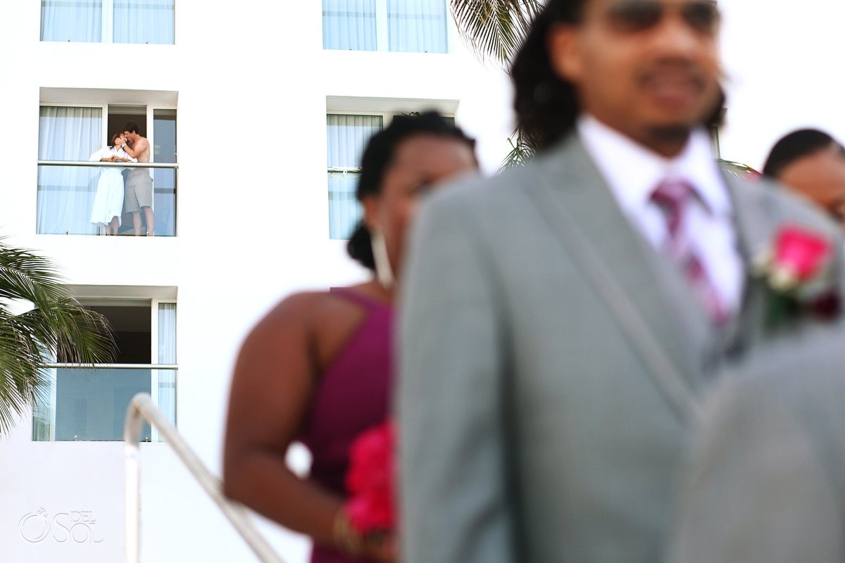 Hotel guests photobomb Mexico destination wedding