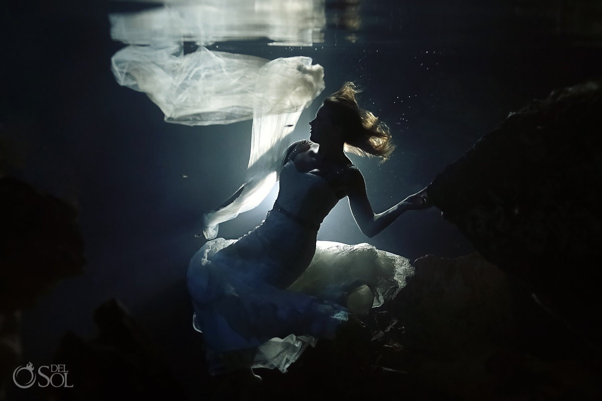 Underwater bride cenote trash the dress Riviera Maya