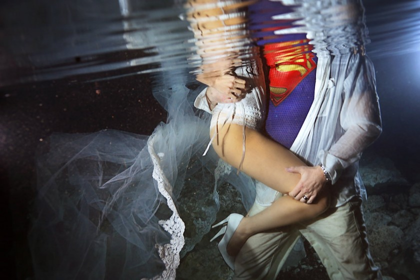 Underwater Wedding Photography with superman riviera maya trash the dress