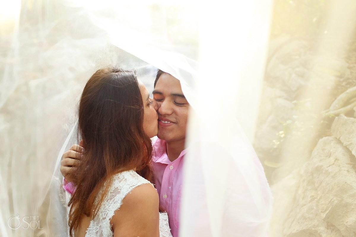 Riviera Maya trash the dress jungle bride groom veil
