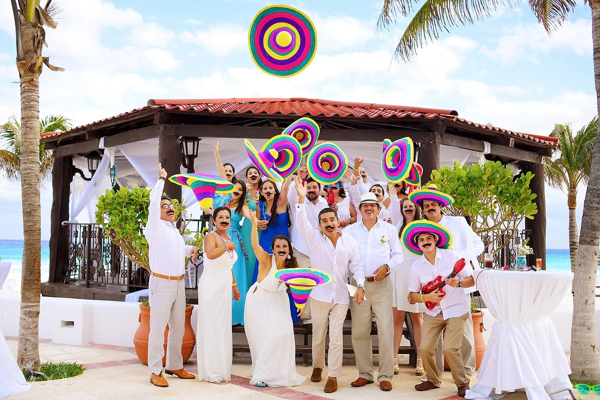 FUN bridal party photography with sombreros del sol photography published in the huffington post weddings