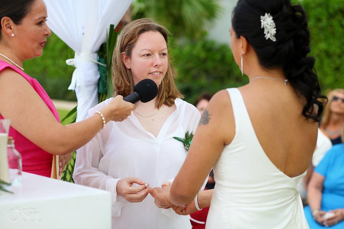 Lesbian wedding Riu Palace Resort, Cancun, Mexico