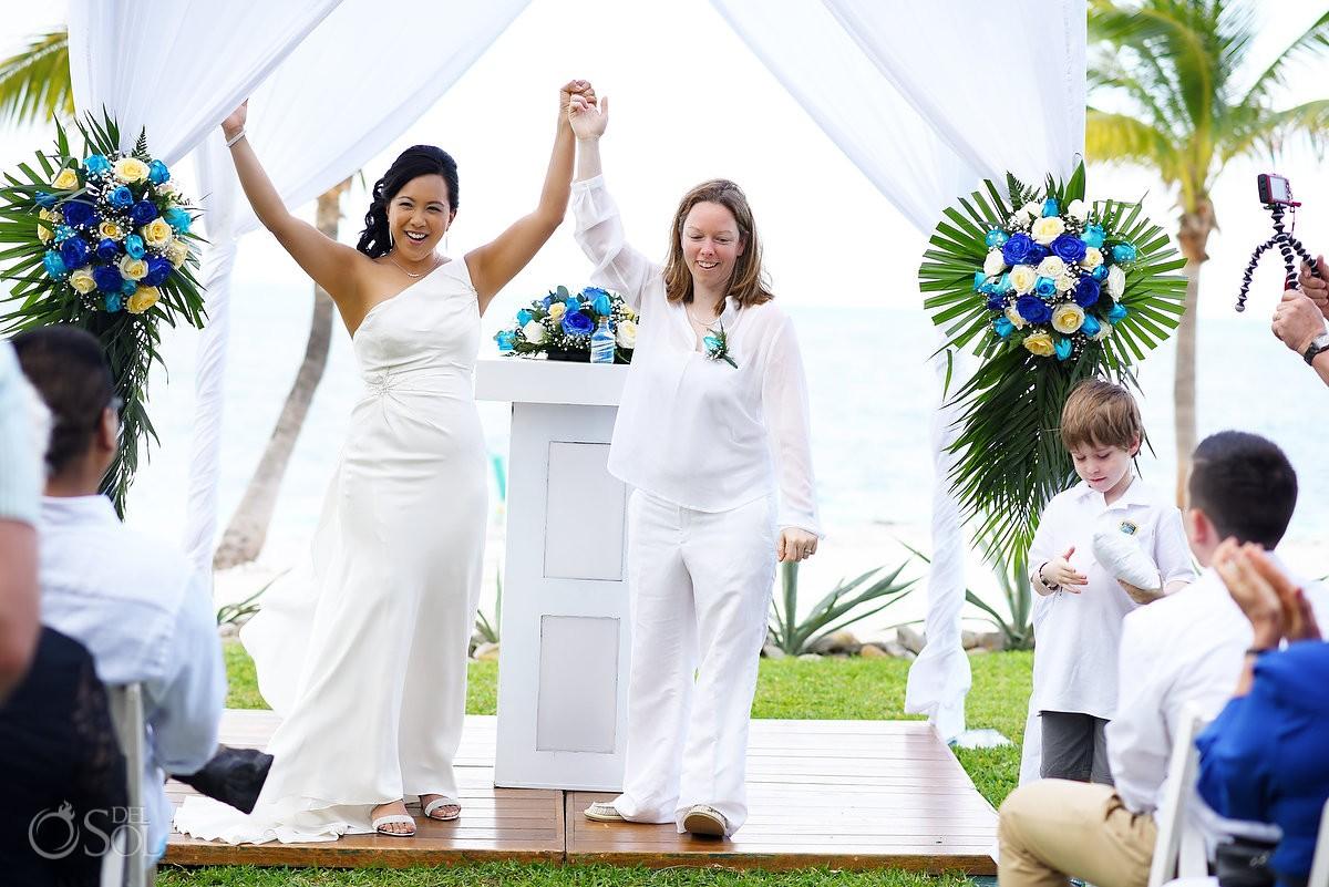 lesbian wedding photography, Riu Resort, Cancun, Mexico