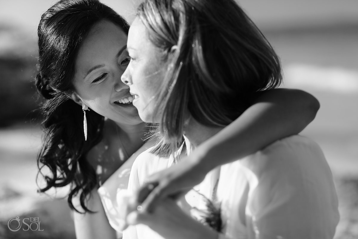 lesbian wedding Cancun by Del Sol Photography