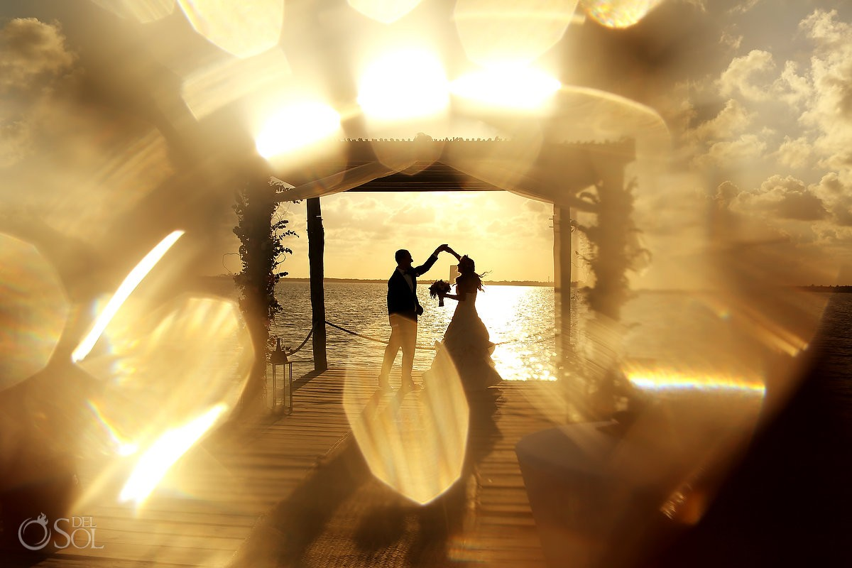 sunset photo at nizuc cancun hotel del sol photography published in huffington post weddings