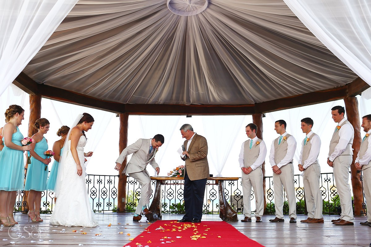 Gazibo Wedding Ceremony at The Royal Playa Del Carmen