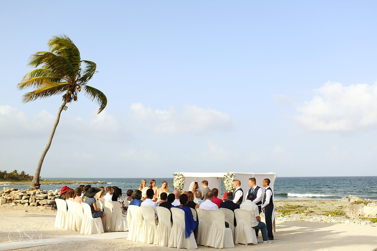Beach Wedding at Grand Sirenis Riviera Maya Resort