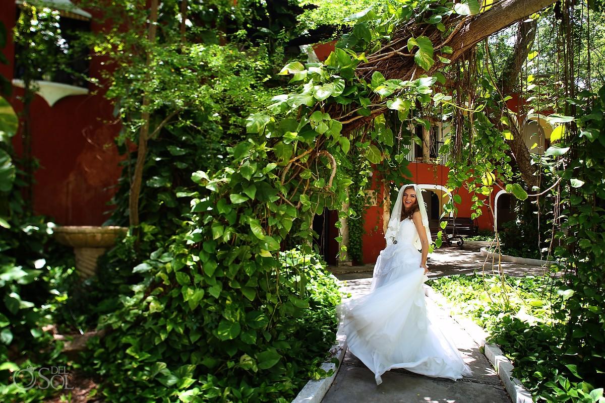 Bridal photo shoot at Hacienda Teya Yucatan in Merida