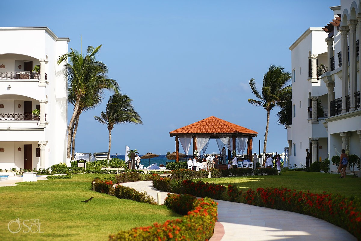 The-Royal-Playa-Del-Carmen-Gazebo-Weddin
