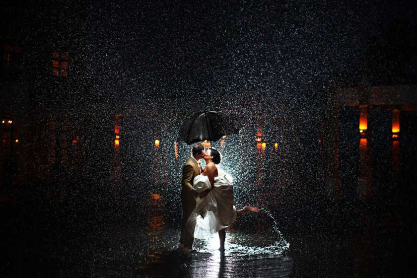 Rain on the wedding day turns into epic photos with del Sol Photography