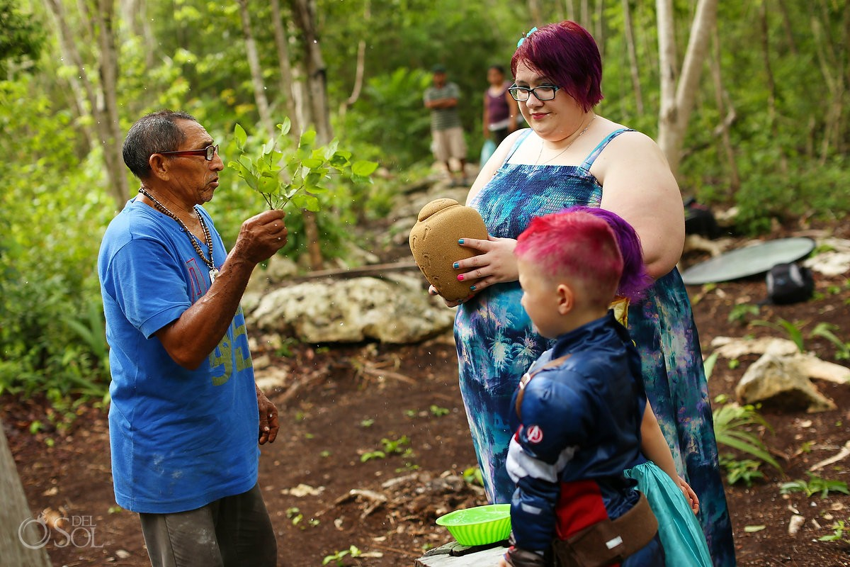 special mayan ceremony to say goodby to Kutrina's mother's ashes