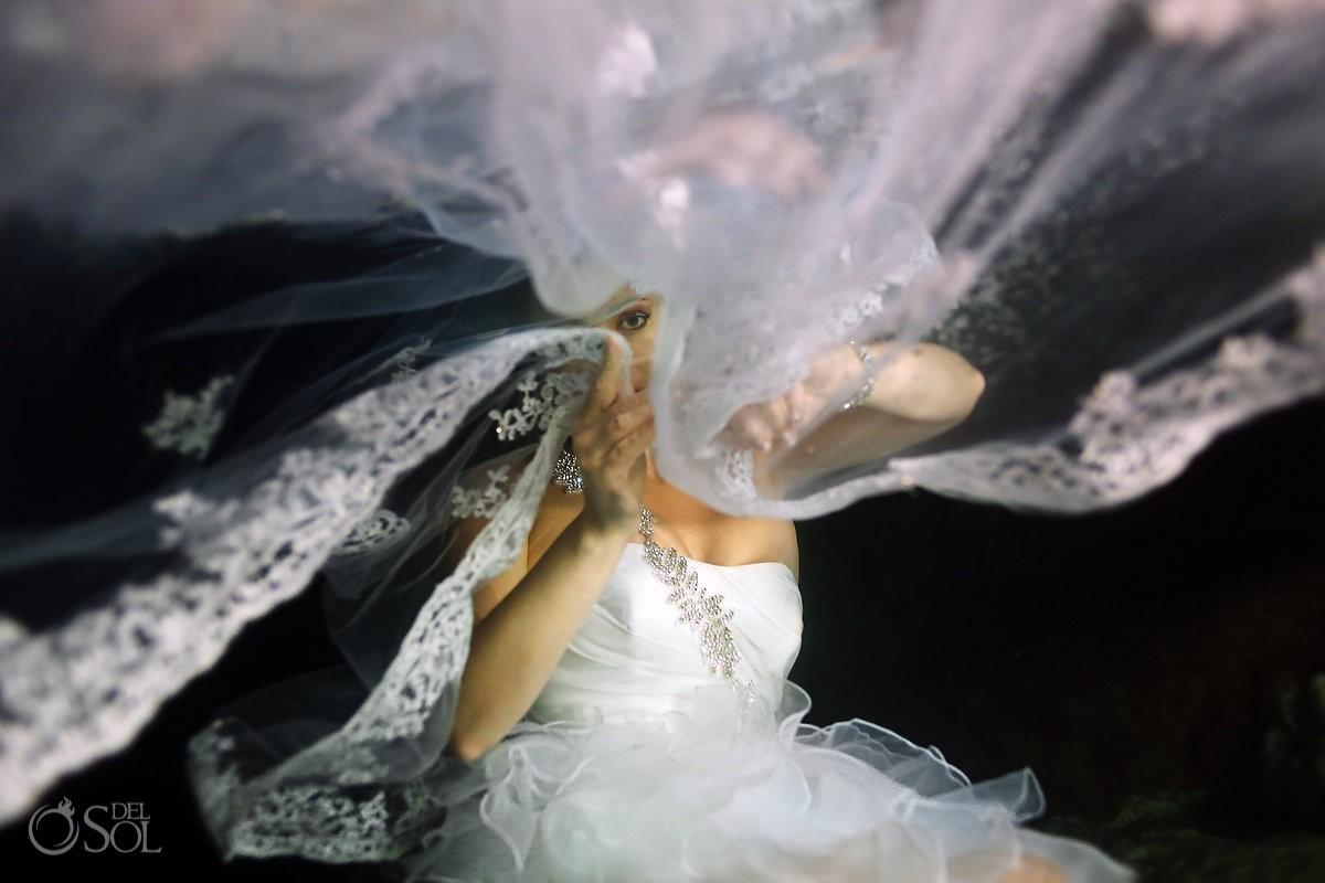 bridal veil Underwater Wedding Photography riviera maya trash the dress