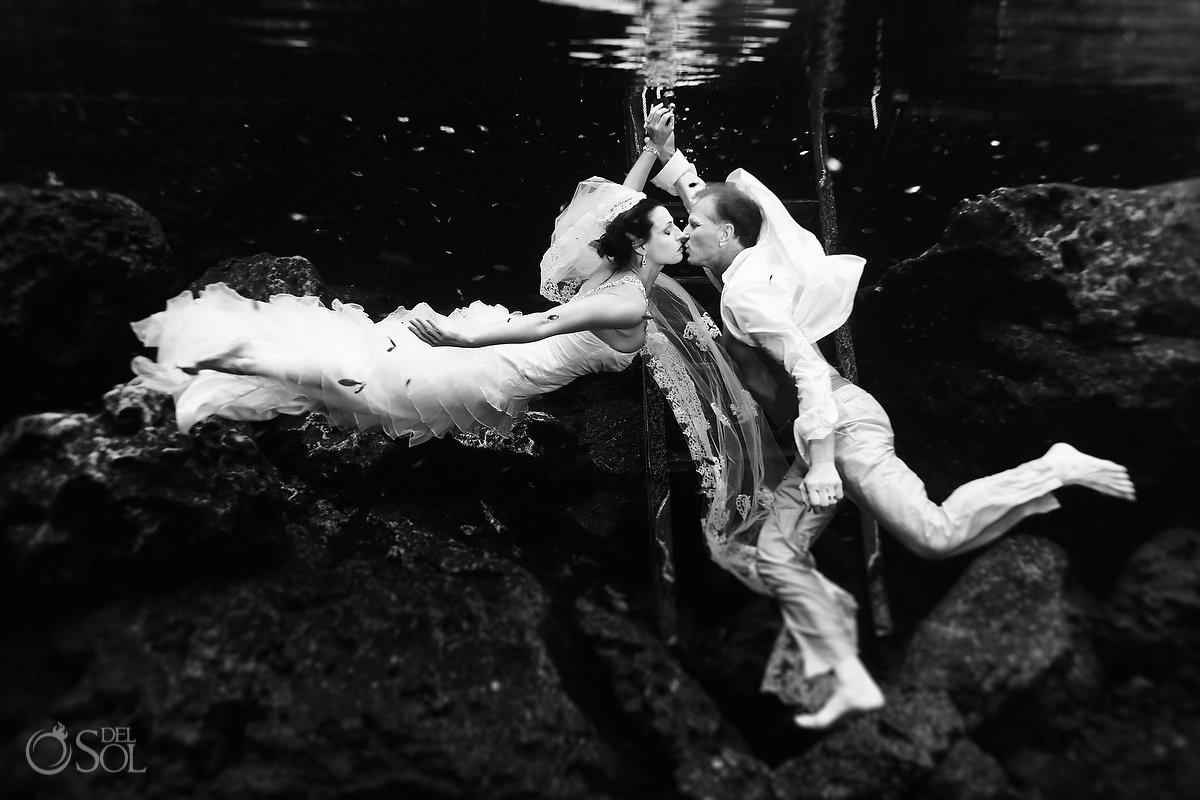 Riviera Maya Cenote Trash the Dress - Lorraine and Tom