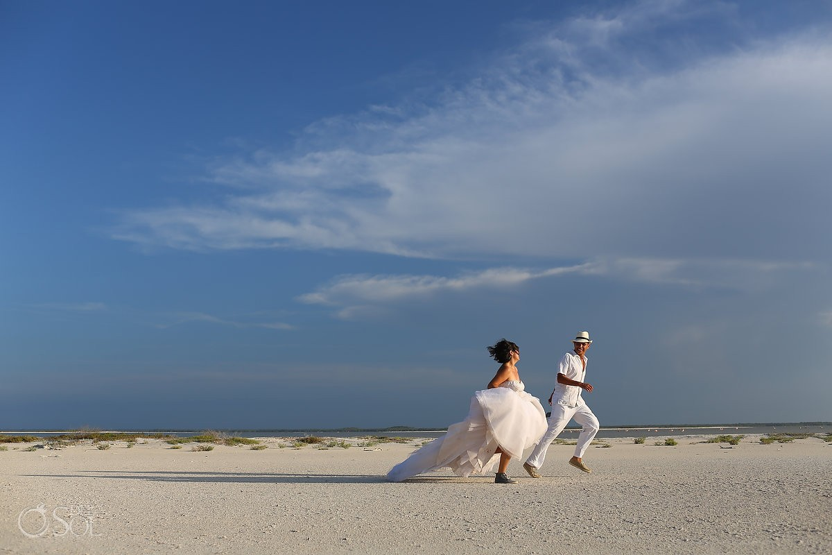 #ExperienciasInfinitas Yucatan Romance Travel ! Rio Lagartos Trash the dress