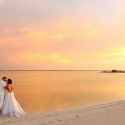 bride and groom love #ExperienciasInfinitas Yucatan Romance Travel rio lagartos Mexico