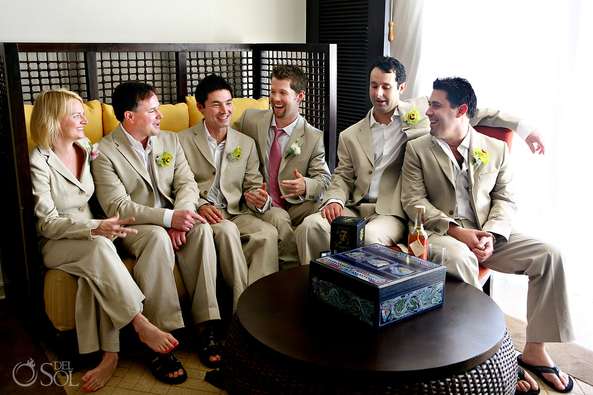 mixed gender wedding party - Del Sol Photography