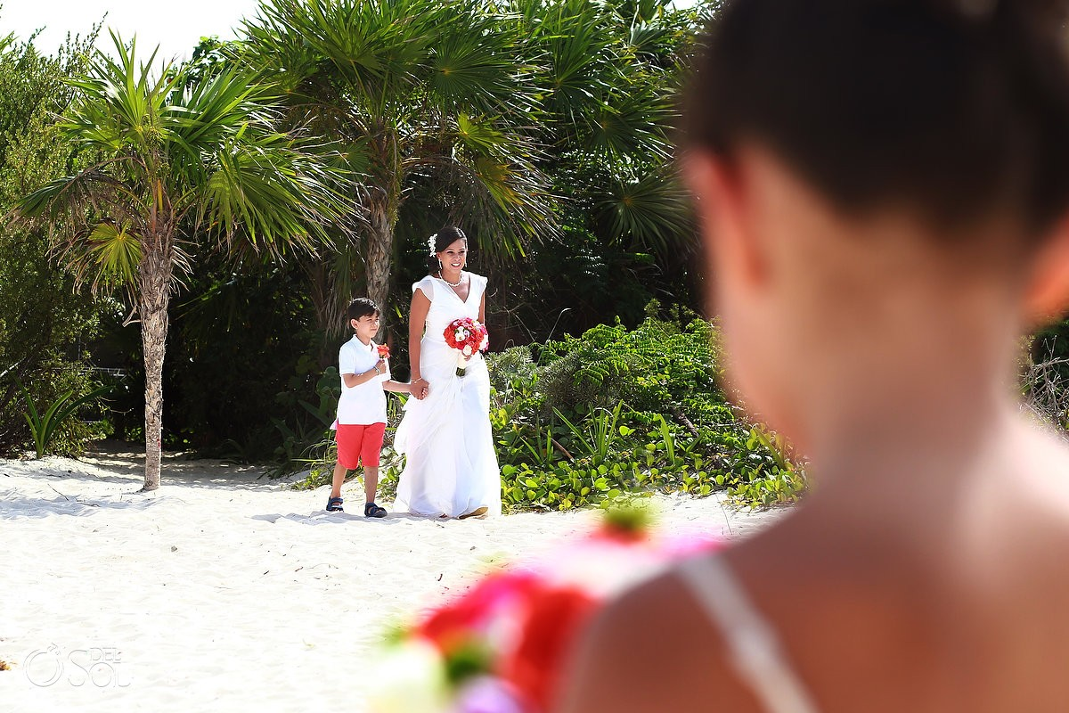 include your children in your wedding ceremony at paradisus playa del carmen