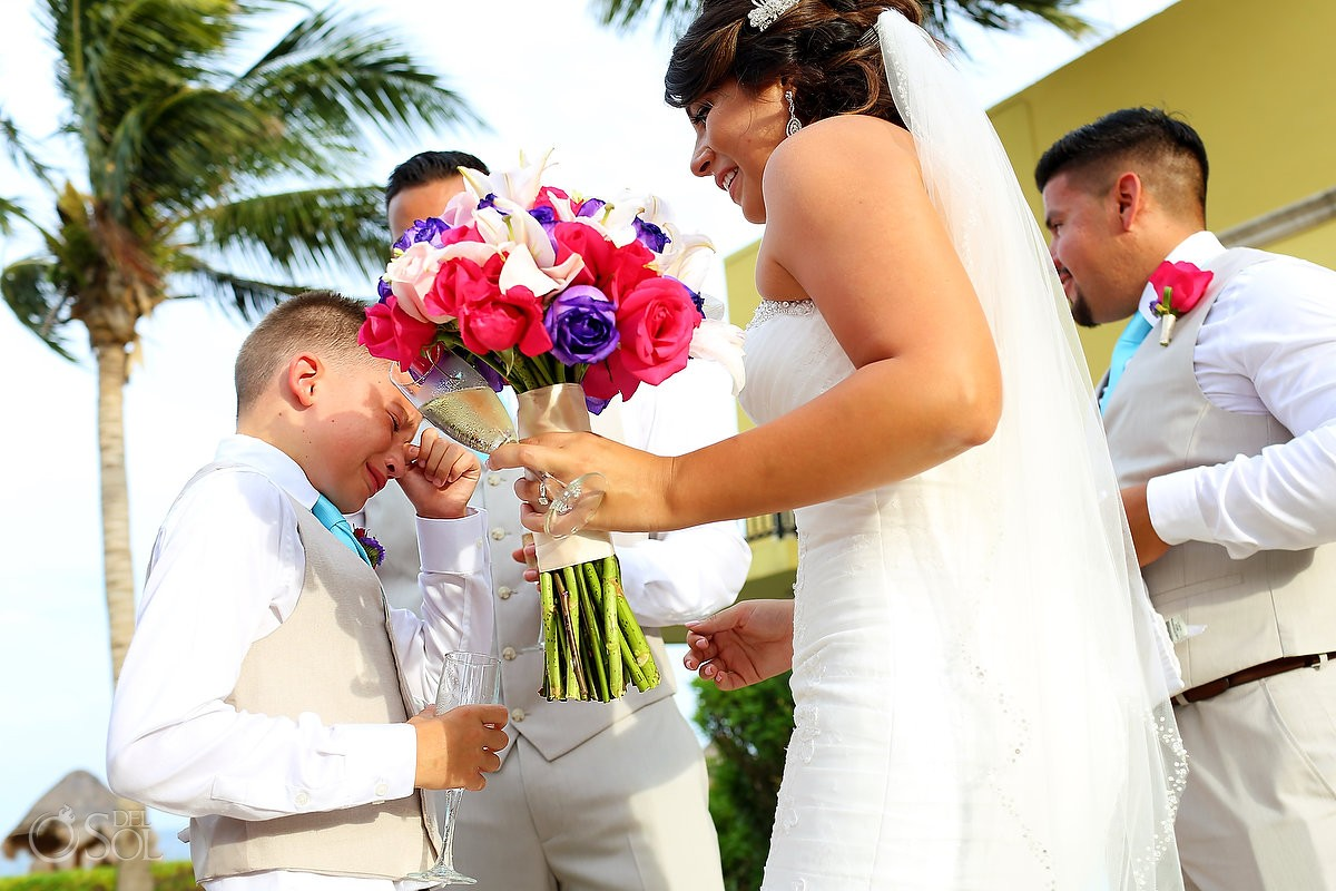 Emotional and cute children at weddings at Ocean Coral and Turquesa, Puerto Morelos